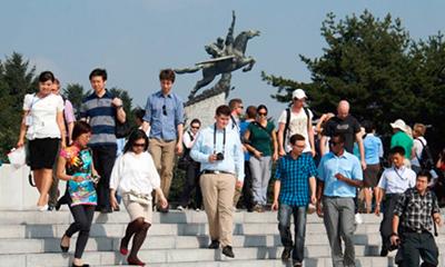 驚異的な朝鮮の建築術を体験!巨大モニュメントをウォッチング!